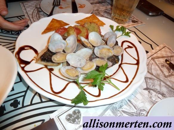 alice-in-wonderland-restaurant-japan-meal-allisonmerten