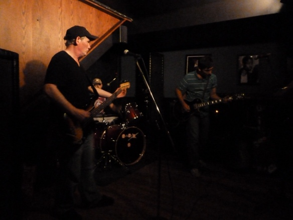 Jimmy Murn and The HeyMakers Performing at Glass Nickel Pizza Co.