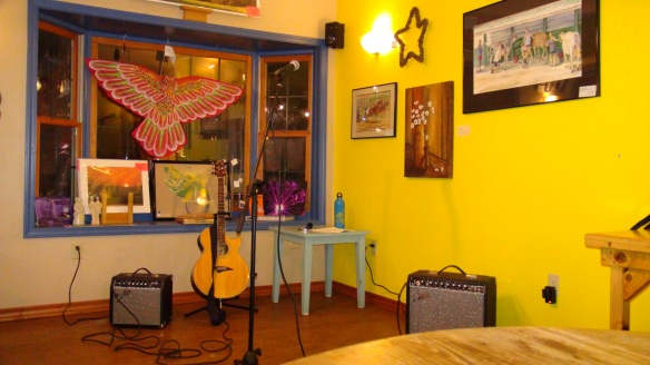 Before My Show  :-) At Tuvalu Coffeehouse Photo by Yasir