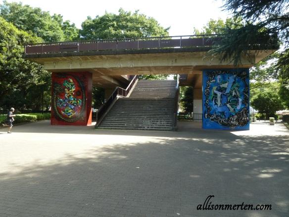 yoyogi-park-graffiti