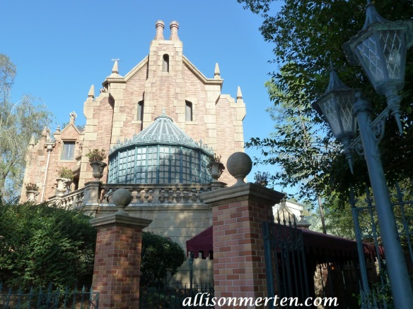 haunted-mansion-disney-word-allison-merten